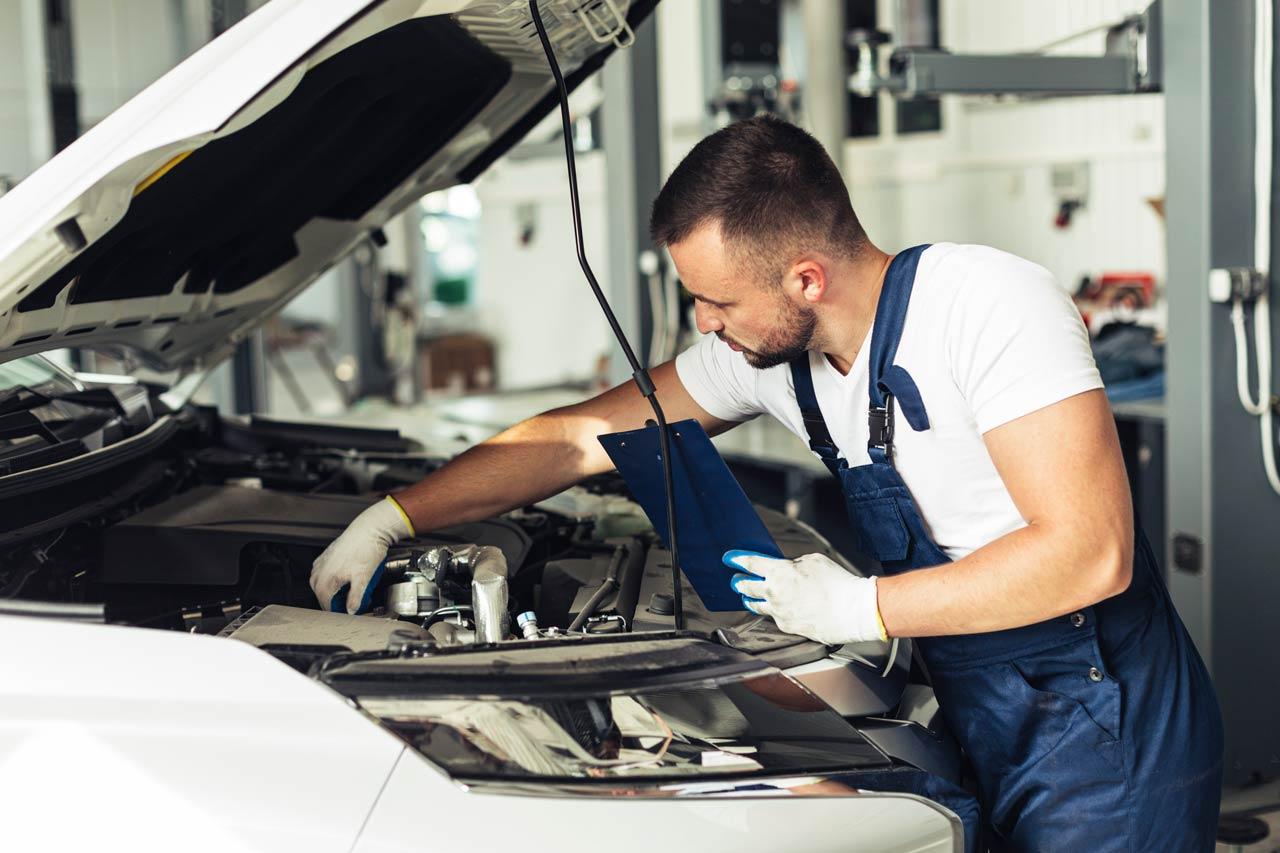 BMW Engine Repairing 7